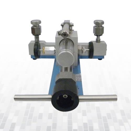 ak671a-hidrolik-karsilastirici-komparator